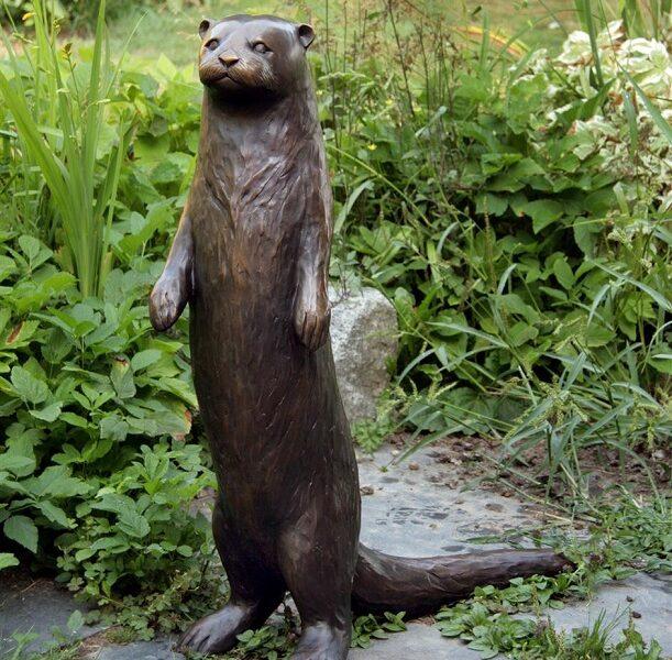 """""""Standing Otter"""""""